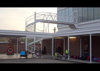Veilige trapleuning-balustrade spiltrap, gemetalliseerd en gepoederlakt