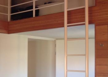 Ladder in gepoedercoat staal naar Mezzanine