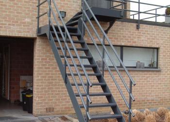 Borstwering in gepoedercoat staal : stevig, robuust